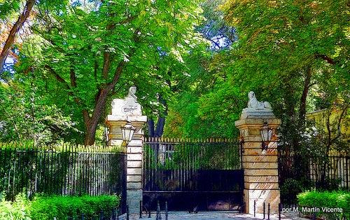 entrada palacio liria