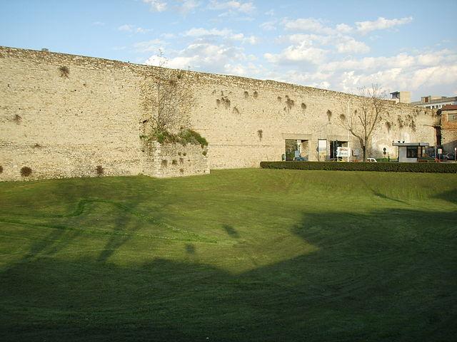 muralla prato