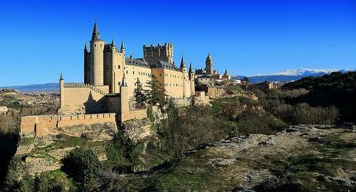 El Alcázar de Segovia en España, una colosal fortaleza de la Edad Media