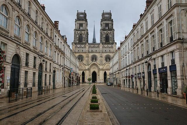 El centro histórico de Orleans en Francia, la maravillosa ciudad de Juana de Arco