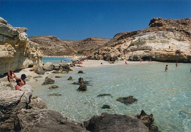 playa lampedusa 2