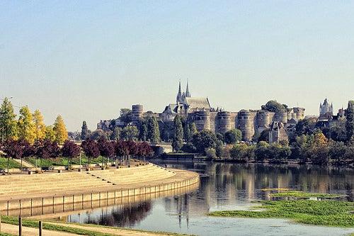 La bella ciudad de Angers en Francia, un lugar para disfrutar