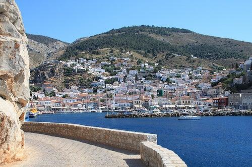 La isla griega de Hydra, una maravilla natural en el Mar Egeo