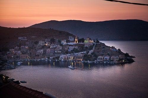 La isla griega de Symi, donde nacieron las míticas Tres Gracias