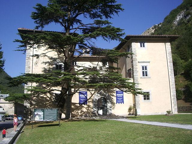 palacio de seravezza 2