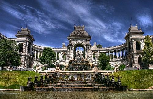 El palacio Longchamp en Marsella, un monumento al arte