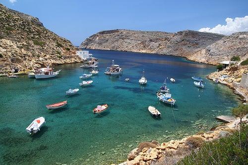 La virginal isla de Sifnos en Grecia y sus inmaculados pueblos blancos
