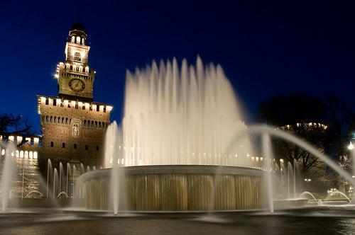 ¡Conoce la gran fortaleza de Milán! Te invitamos a visitar su colosal Castillo Sforzesco