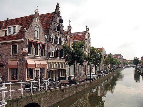 La ciudad de Alkmaar en Holanda, un importante destino turístico cultural y gastronómico