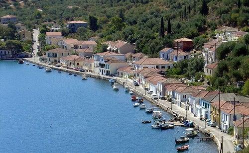 La isla griega de Ítaca, la ciudad del mítico Ulises y mucho más