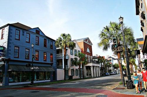 Un paseo romántico por la ciudad de Charleston en USA
