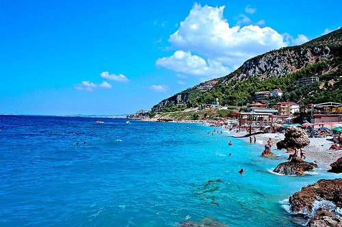 Unos días fantásticos en las playas de Vlorë en Albania