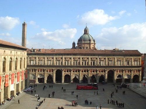 Descubre los palacios más impresionantes de Bolonia en Italia