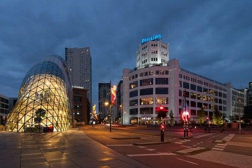 """Ven a conocer Eindhoven en Holanda, mucho más que """"la ciudad de la luz"""""""