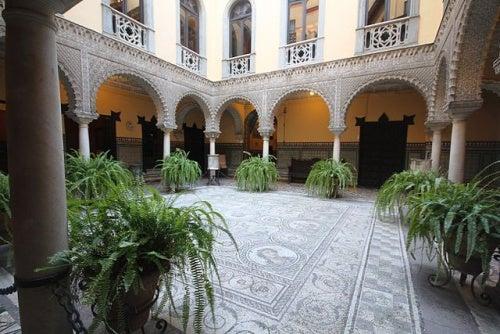 El Palacio de Lebrija en Sevilla, uno de los palacios más encantadores y llenos de arte de España
