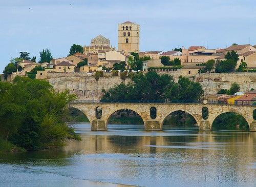 La bella ciudad de Zamora en España, la localidad con más monumentos románicos de Europa