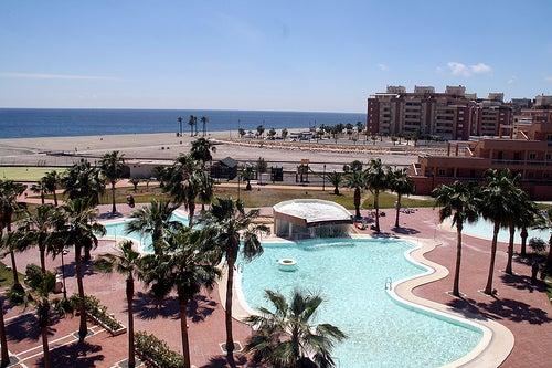Viaja con nosotros a Roquetas de Mar en Almería, todo un paraíso natural del Mediterráneo