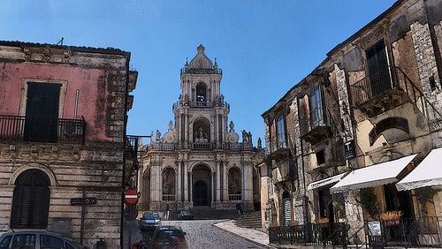 La ciudad de Palazzolo Acreide en Italia, un lugar con encanto en las montañas de Ibleos