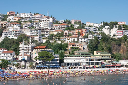 Ulcinj una hermosa ciudad de Montenegro en el Mar Adriático