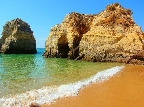 Portimão y la playa de Rocha, una de las más hermosas de Portugal