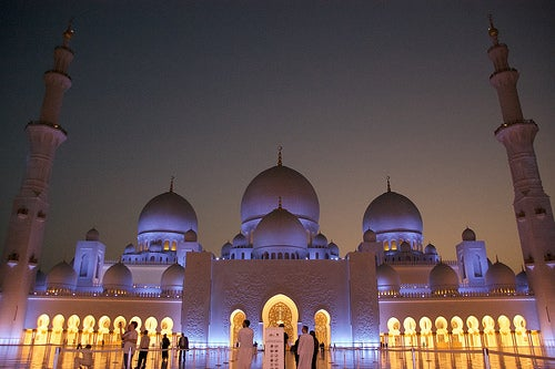 La Gran Mezquita Sheikh Zayed, una de las más grandiosas del mundo