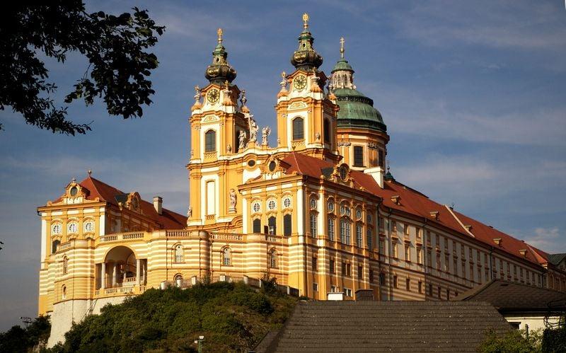 Ven a conocer la indescriptible Abadía de Melk en Austria