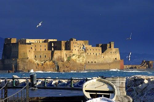 El Castel dell'Ovo de Nápoles y la historia del huevo mágico