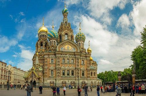 Impresionantes iglesias de San Petersburgo: Salvador sobre la sangre derramada