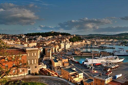 Recorriendo los rincones de Ancona, una bella ciudad de Italia