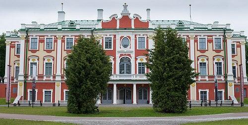 Kadriorg y sus jardines, uno de los grandes palacios de Estonia