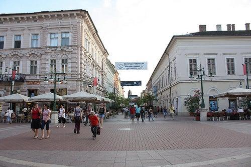 Caminando y conociendo Szeged, una bella ciudad de Hungría