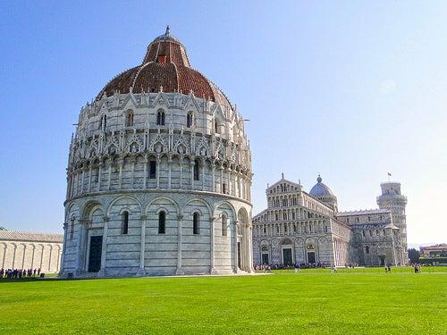 El Monumental Baptisterio De Pisa El Mas Grande De Toda Italia