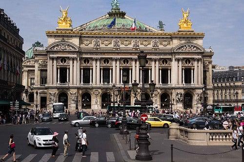 El exquisito palacio Garnier en París