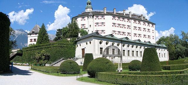 El castillo de Ambras, un palacio de cuento en el Tirol de Austria