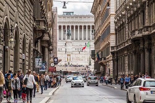 Descubre los mejores lugares para ir de compras en Roma