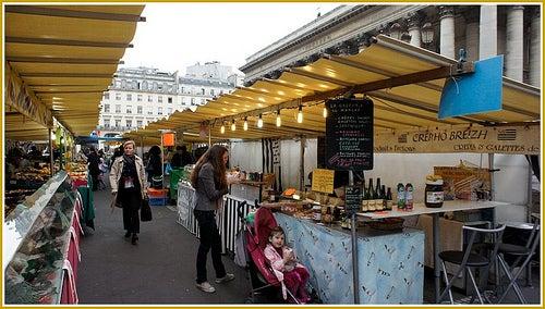 Descubre los mercados más auténticos de París