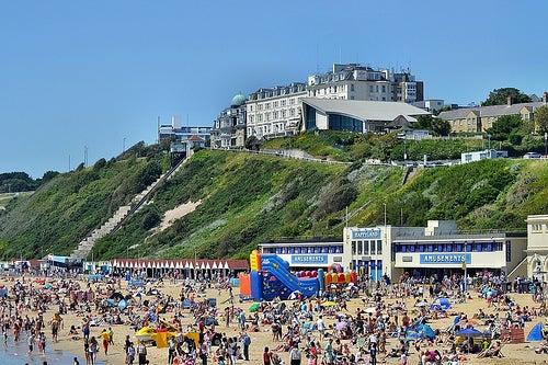 Bournemouth, una ciudad de Inglaterra que te cautivará