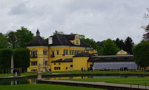 Recorramos el hermoso Palacio Hellbrunn en Salzburgo
