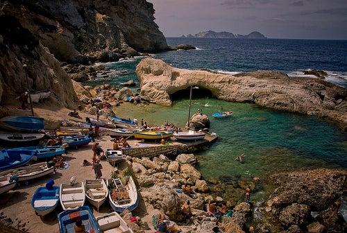 Sorpréndete con la belleza de la isla de Ponza en Italia
