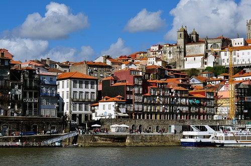 Déjate atrapar por el encanto de Oporto en Portugal