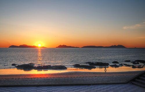 ¿Conoces la playa de Samil en Vigo?