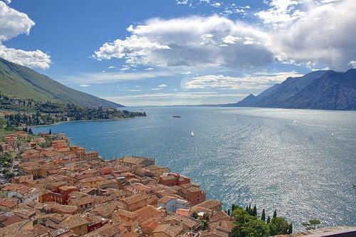 Descubriendo el encanto de Malcesine, un hermoso destino de Italia