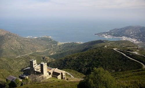 Monasterio de San Pedro de Roda, todo un monumento histórico que no te puedes perder