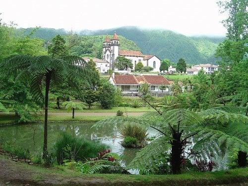 El Jardín Botánico Terra Nostra Garden, uno de los lugares más románticos de Portugal