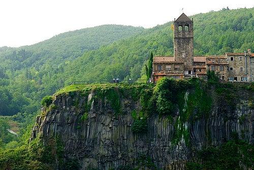 castellfullit de la roca 2