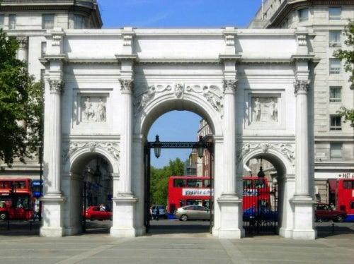 Te invitamos a descubrir el Marble Arch, una curiosa construcción en Londres