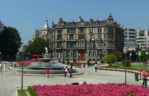 Descubrimos la plaza de Moyúa, una de las más bonitas de Bilbao