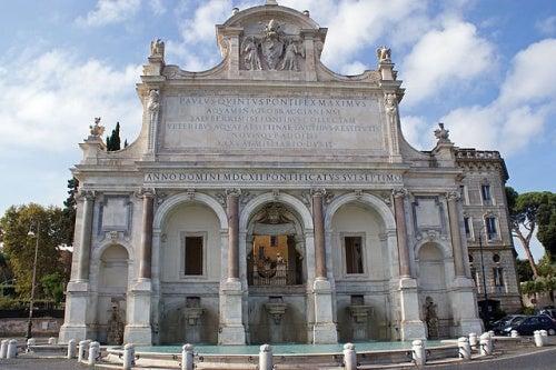 La Fontana dell'Acqua Paola, una fuente monumental en el corazón de Roma