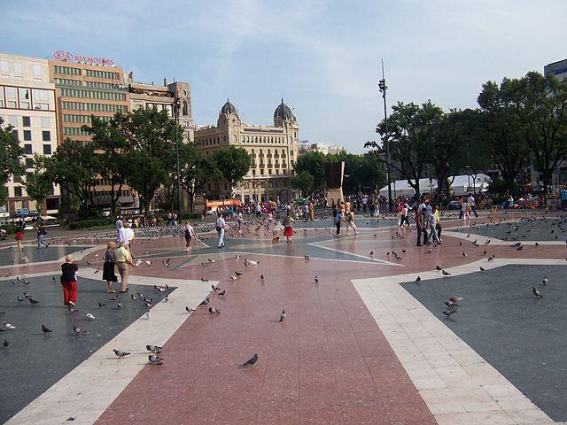 la plaza de cataluña 3