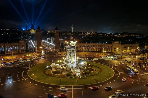 Recorre con nosotros la espectacular Plaza de Cataluña en  Barcelona